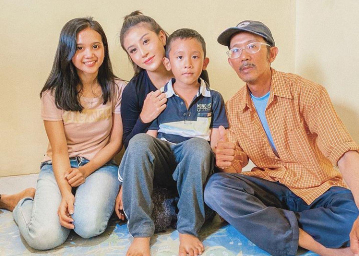 Awkarin, Si Influencer dengan Jiwa Sosial Tinggi