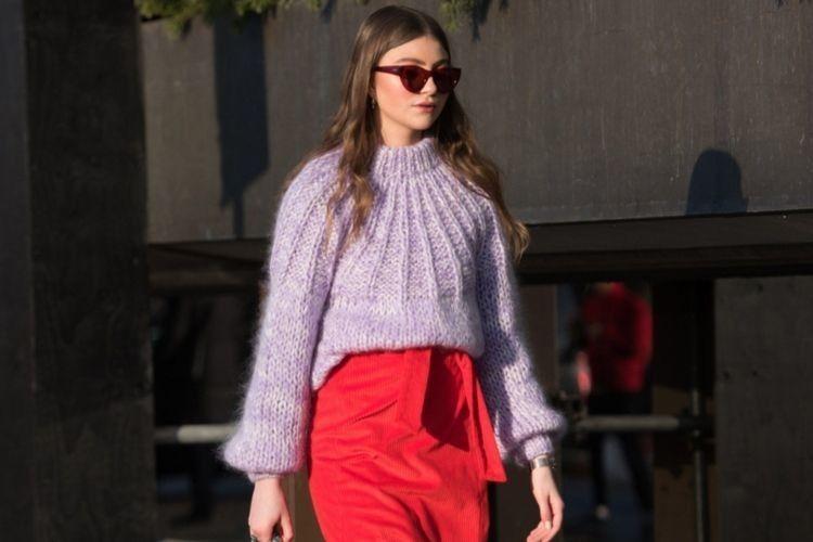 Mengakali Sweater Polos jadi Lebih Keren dengan Cara Ini!