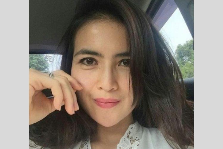 Pesonanya Nggak Nahan, Intip 7 Potret Seleb Indonesia Berdarah Bali