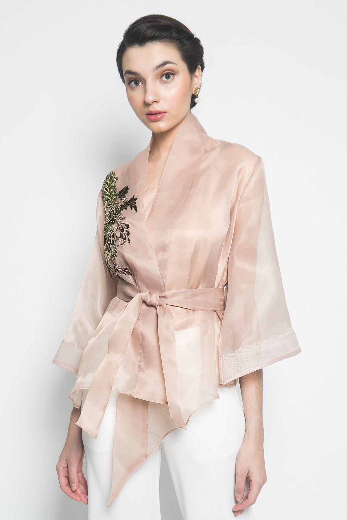 #PopbelaOOTD: Rekomendasi Baju Cantik untuk ke Pesta