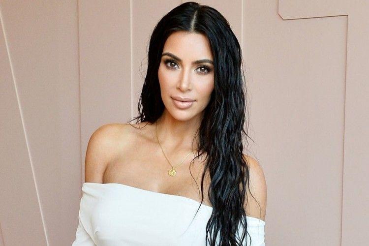 Bagini Cara Kim Kardashian Rayakan Pesta Ulang Tahun di Palm Springs