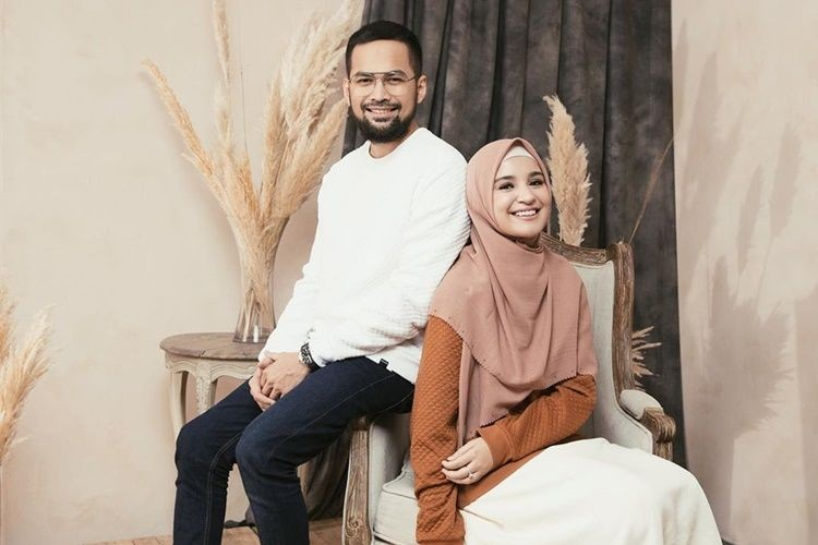 Keluarga Idaman! 10 Potret Kisah Cinta Shireen Sungkar & Teuku Wisnu