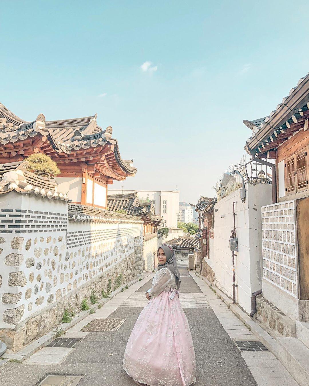 9 Destinasi Korea Selatan untuk Nikmati Musim Gugur Romantis