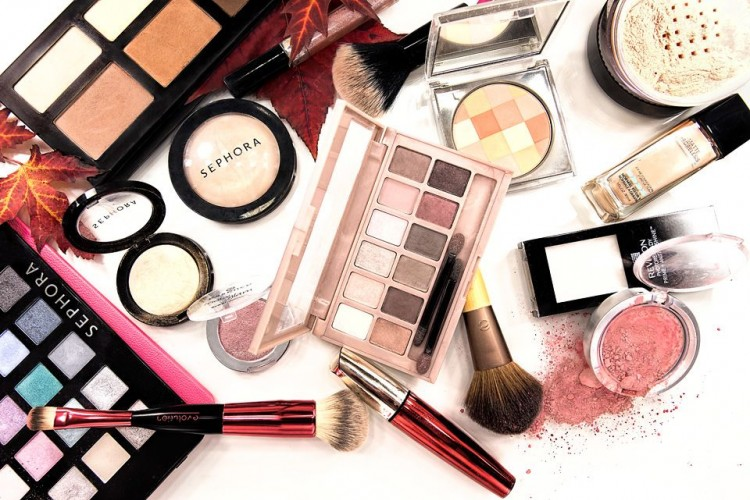 7 Produk Kecantikan yang Wajib Dimiliki Para Perempuan, Sudah Punya?