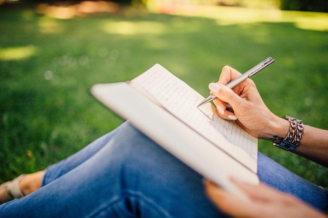 6 Kiat Menulis Resume Bagi yang Belum Pernah Memiliki Pengalaman Kerja