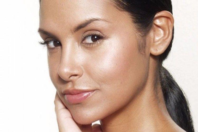 7 Kesalahan Saat Pakai Skincare yang Bikin Wajah Semakin Berminyak