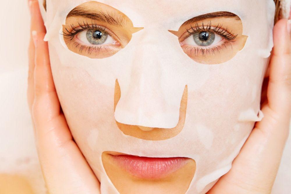 Biar Makeup Tahan Seharian Tanpa Touch Up, Ini yang Harus Kamu Lakukan