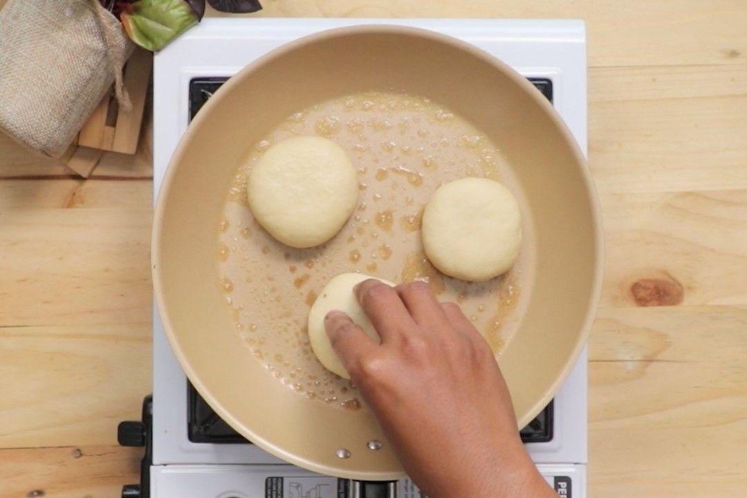 Resep Kue Hotteok Tanpa Oven Mudah dan Nggak Ribet