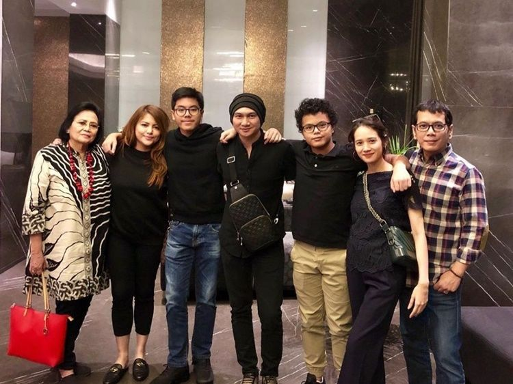 Family Man, Intip 10 Momen Hangat Wishnutama dan Keluarga