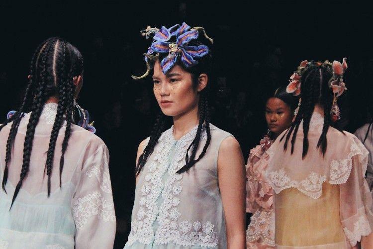 Aksesori Terbaik di Jakarta Fashion Week 2020