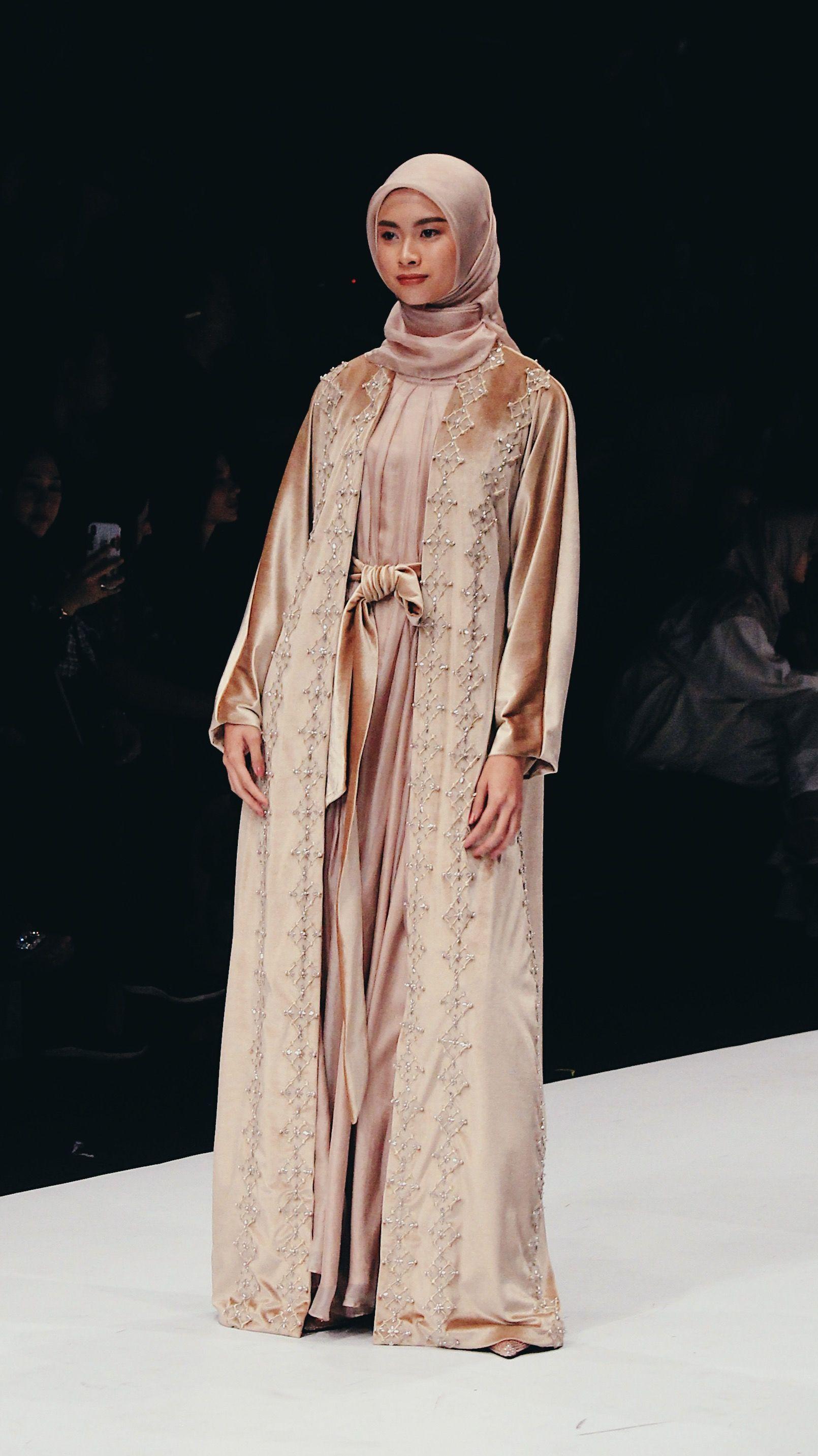 Trend Fashion Hijab Terbaru dari Jakarta Fashion Week 11