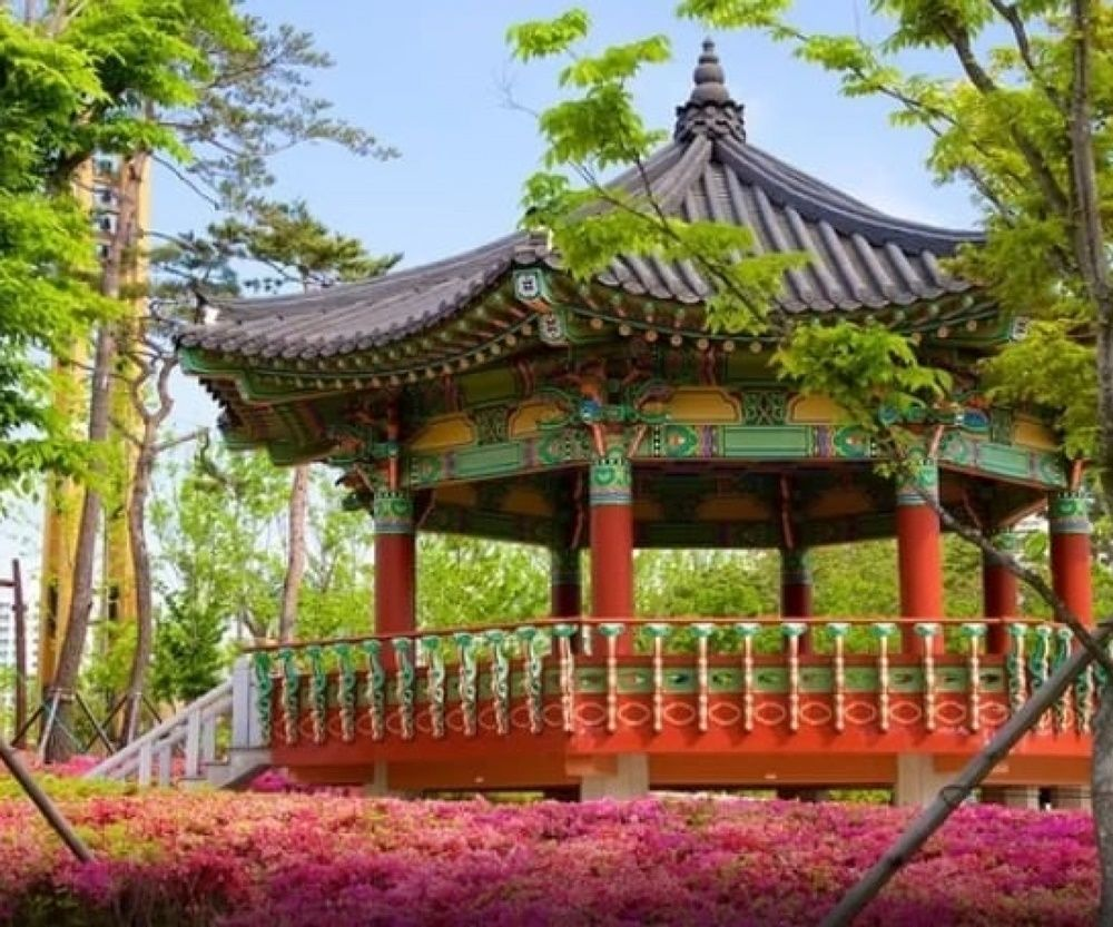 Inspirasi Tempat Wisata dari 5 Lokasi Film Cinta Itu Buta di Busan