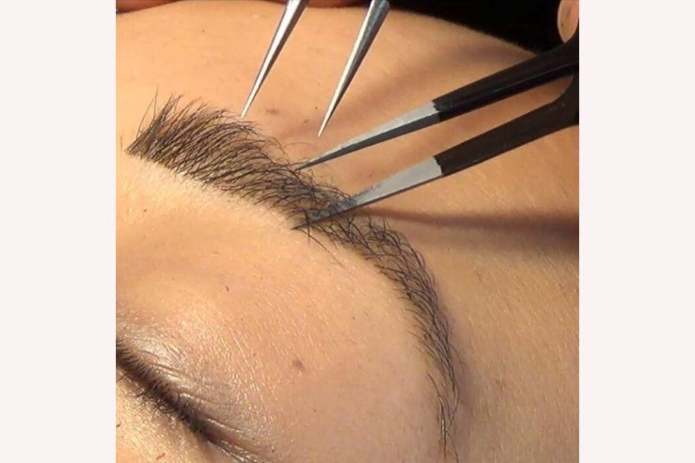Eyebrow Extension, Solusi Baru Untuk Kamu yang Ingin Punya Alis Cetar