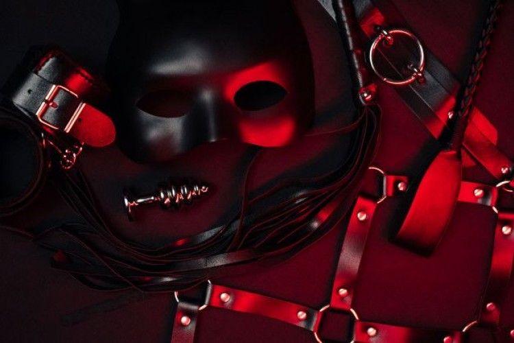 Arti BDSM dan Sensasi yang Tersembunyi