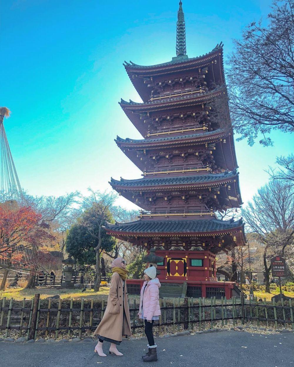 Ajak Anak Tiri, 10 Potret Laudya Cynthia Bella Saat Liburan di Jepang
