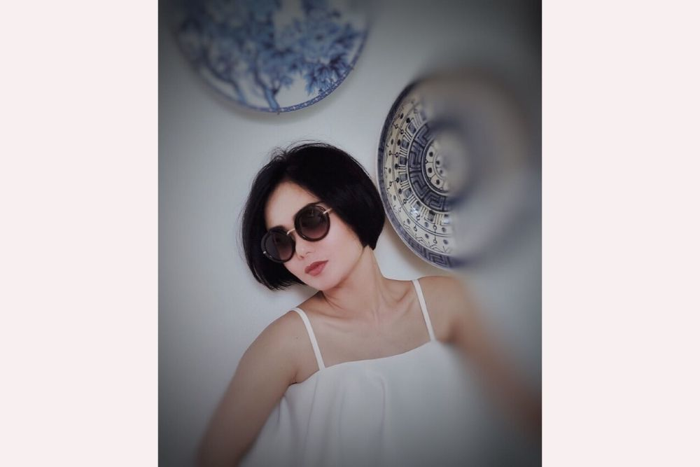 Konsisten Memiliki Rambut Pendek, Berikut 7 Potret Yuni Shara