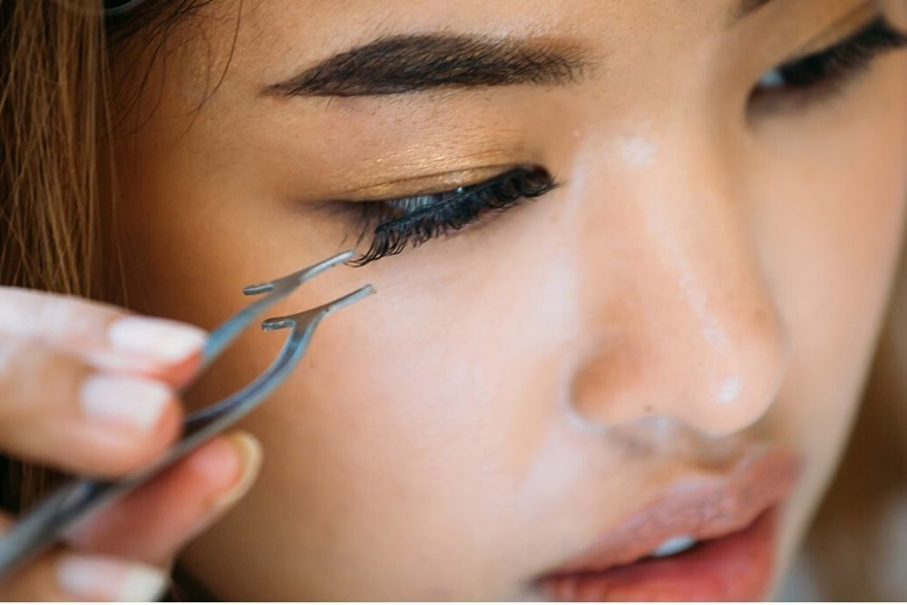 Ini 7 Tips Memilih Bulu Mata Palsu yang Wajib Kamu Ikuti