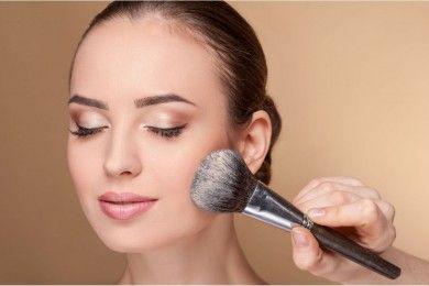 Tidak Ha Sebagai Makeup, 5 Bedak Tabur Ini Juga Mengobati Jerawat