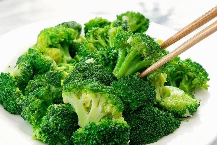 6 Jenis Makanan Ini Bantu Turunkan Kadar Asam Urat, Bikin Tubuh Sehat