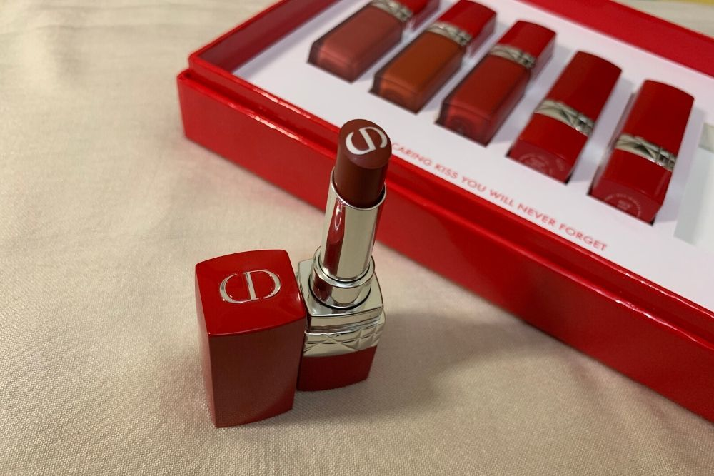 Melembapkan dan Long-lasting, Review Rouge Dior Ultra Care