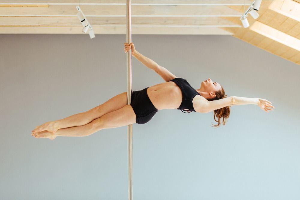 Ramai Dilakukan Para Artis, Ini Manfaat Pole Dance untuk Tubuh