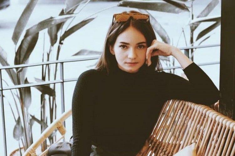 Enzy Storia si Artis Periang, Ini 10 Fakta dan Perjalanan Kariernya
