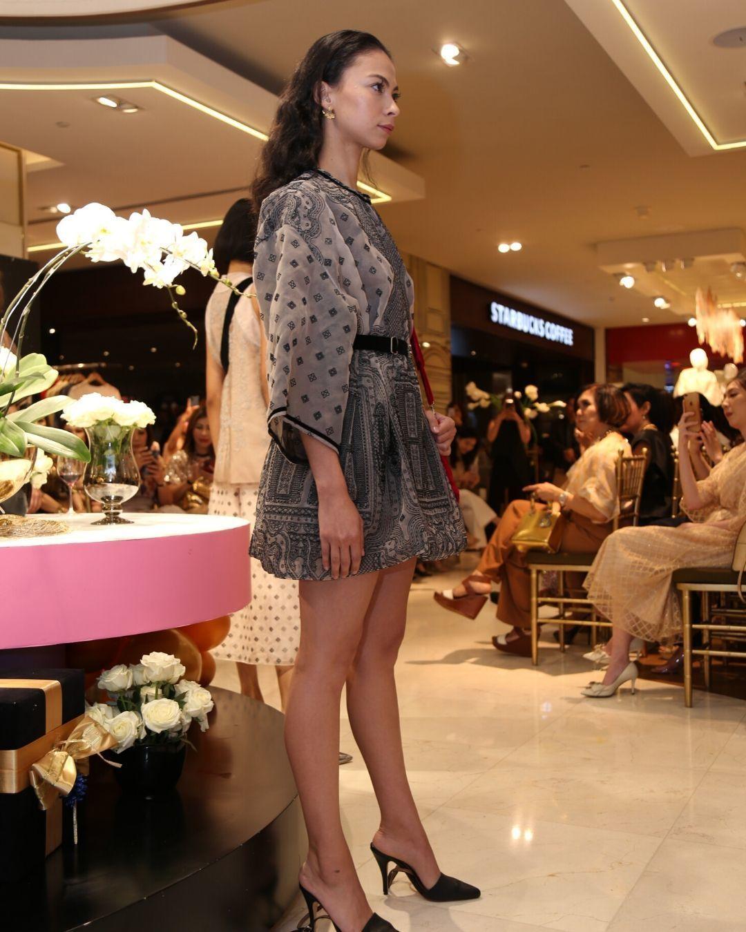 Koleksi CantikSapto Djojokartiko di Galeries Lafayette Jakarta