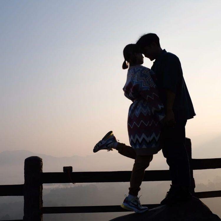 Mantan Jadi Sahabat, 10 Potret Kedekatan Chika Jessica & Dwi Andhika