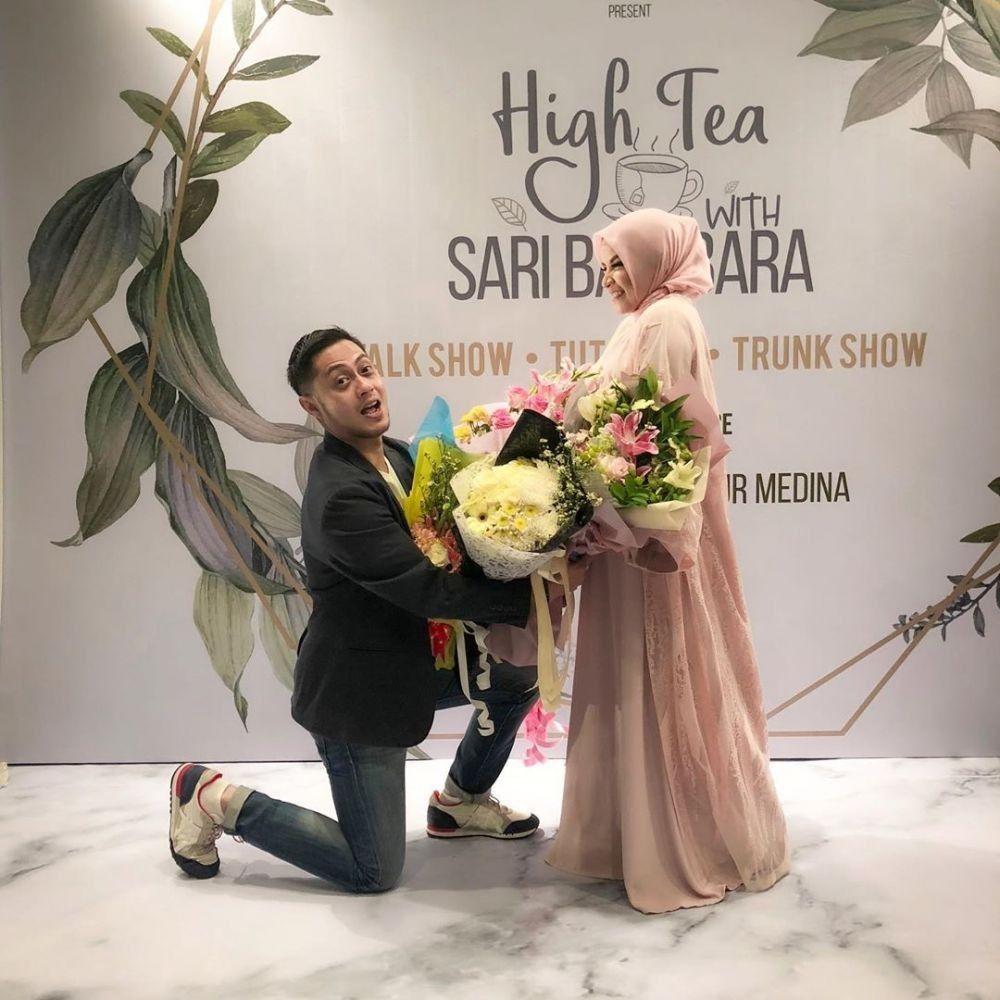 9 Tahun Menikah, 10 Potret Romantis Ferry Ardiansyah & Istri Tercinta