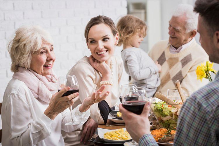 5 Cara agar Orangtua Pasangan Nggak Ikut Campur dalam Hubunganmu