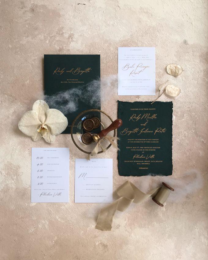 11 Desain Undangan Pernikahan Simpel Ini Bisa Kamu Jadikan Referensi