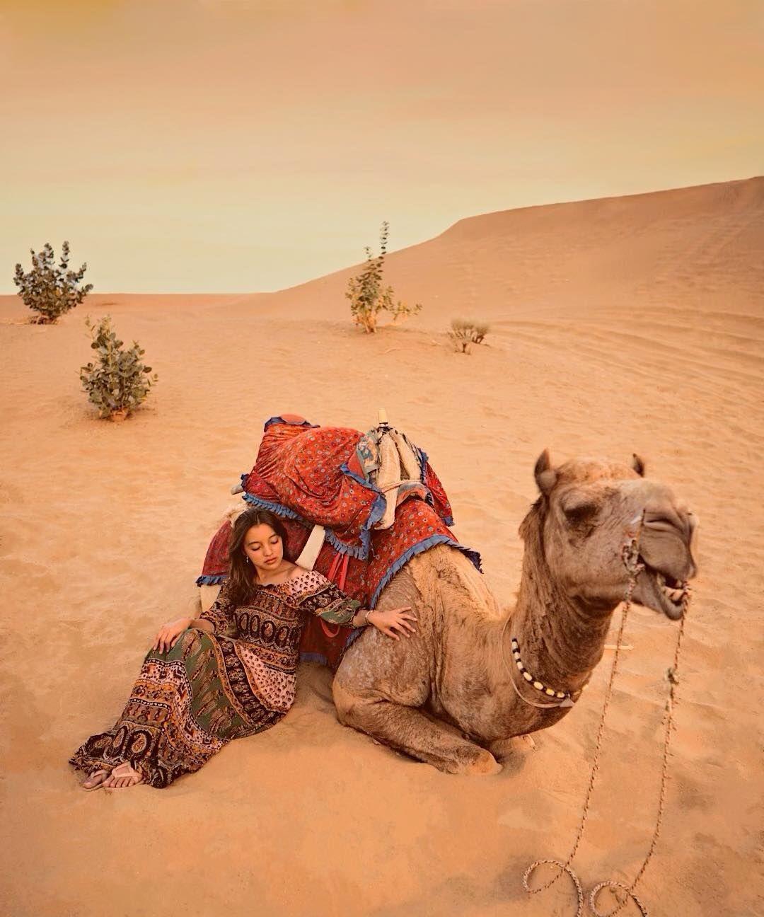 Gaya Traveling a la Nadia Soekarno