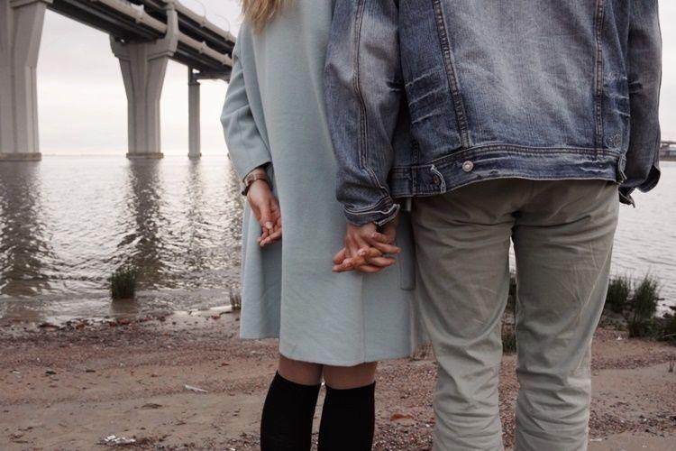 5 Sifat yang Harus Kamu Pahami Jika Pasanganmu Introvert