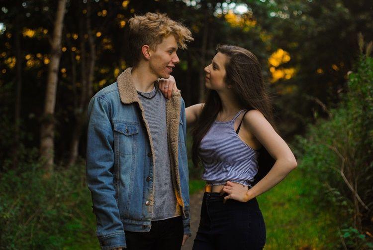 5 Sikap yang Perlu Dibatasi agar Hubunganmu Nggak Banyak Drama