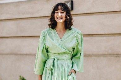 Tips Mencuci Pakaian Bahan Satin Nggak Boleh Kamu Hiraukan