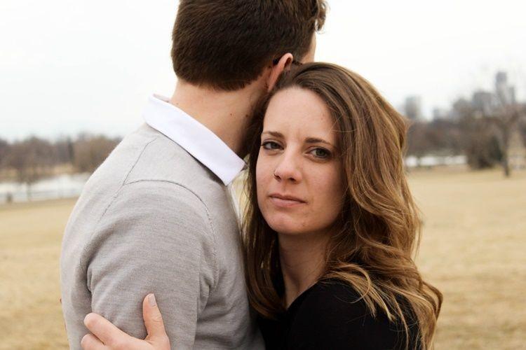 Sedang Terlibat dalam Hubungan Tanpa Status? Ini Lho Kerugiannya