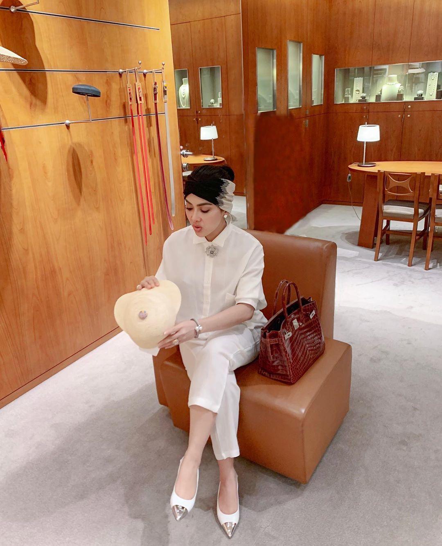 Membongkar Koleksi Tas Hermès Miliaran Milik Syahrini!