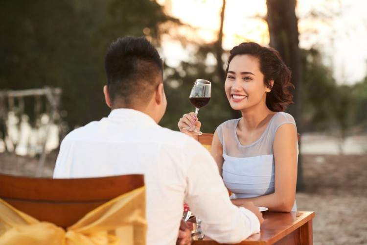 Dear Cewek, Ini 5 Hal yang Cowok Ingin Tahu darimu Saat Jumpa Pertama