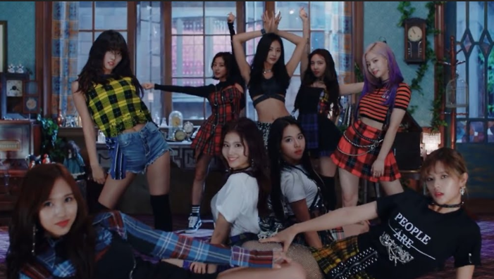 8 Perusahaan Produksi Dibalik MV Keren Para Idol KPop
