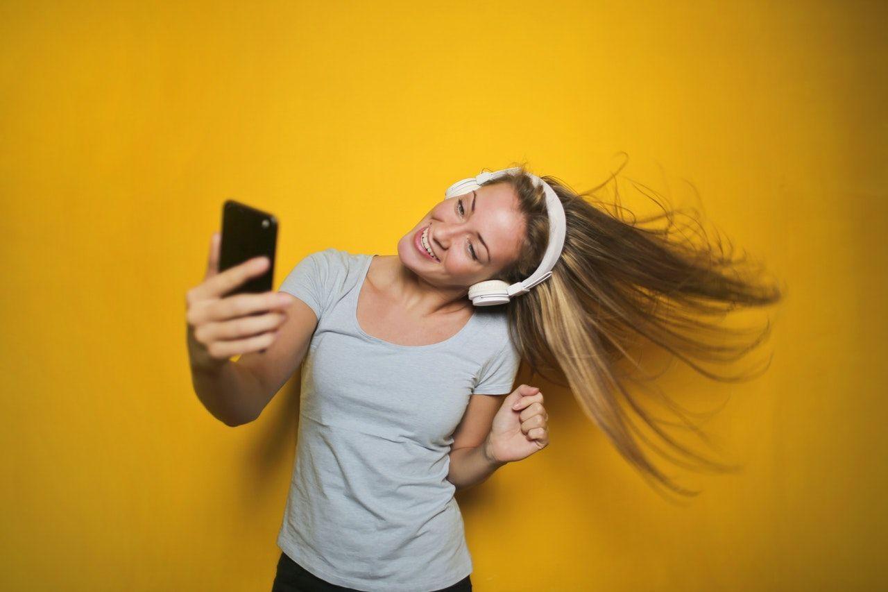20 Fakta Kepribadian Perempuan Sagitarius yang Menarik Hati