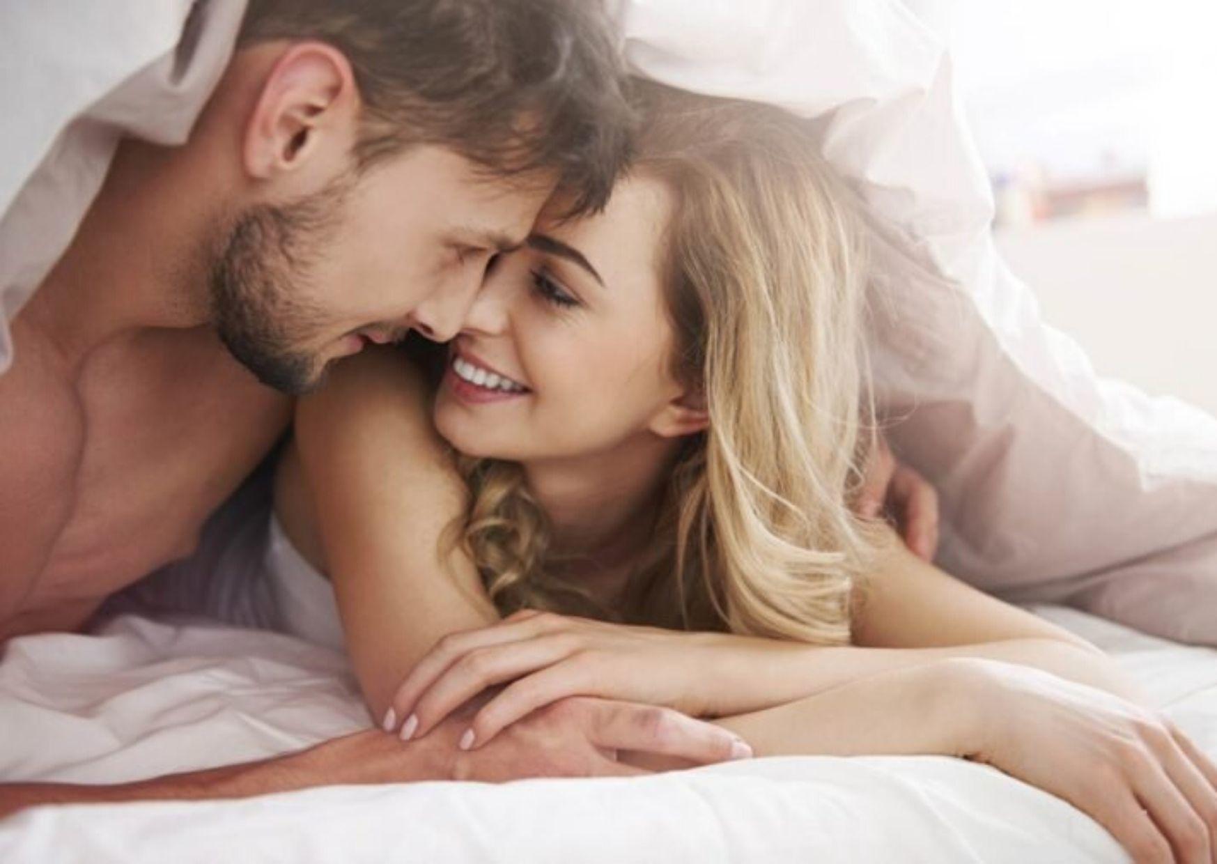 Raih Orgasme Nikmat dengan 5 Posisi Seks Ini