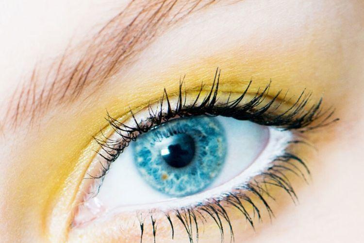 5 Fakta Kanker Mata yang Bisa Menyerang Anak-anak & Orang Dewasa