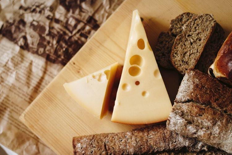 5 Makanan Sehari-hari yang Ternyata Jadi Pemicu Stroke, Ada Favoritmu?