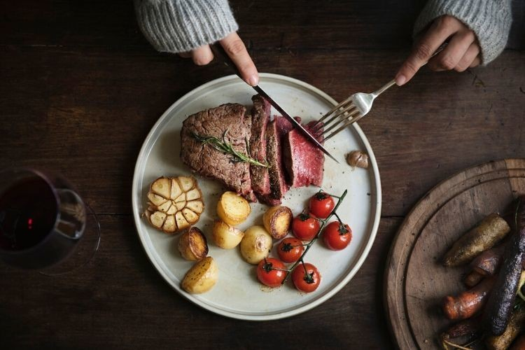 10 Makanan Pemicu Batu Ginjal, Batasi Konsumsinya