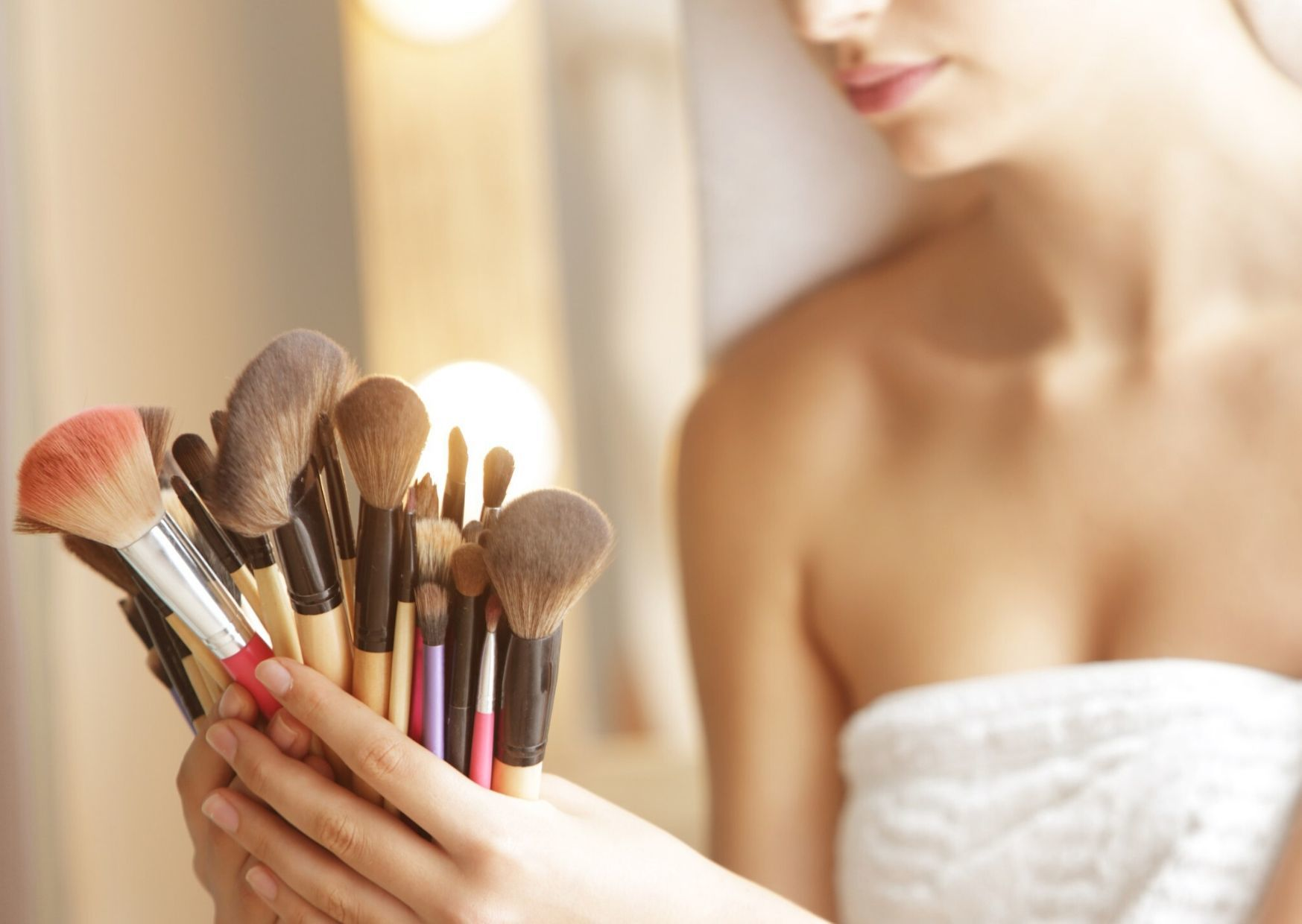 Jangan Ulangi! Ini 5 Kesalahan Makeup yang Membuat Kamu Jerawatan