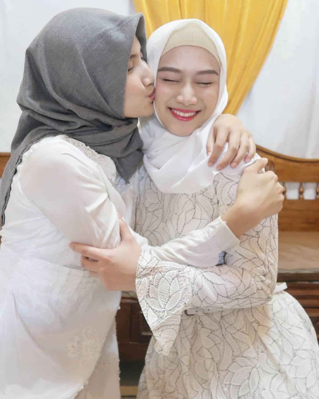 Sibling Goals, 10 Potret Kekompakan Melody dan Frieska JKT48