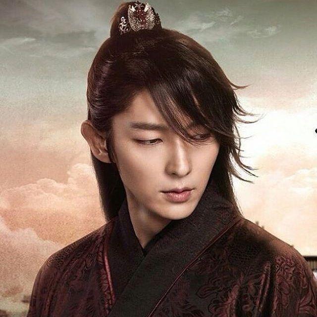 10 Karakter Pangeran dan Raja di Drakor yang Buat Fans Susah Move On