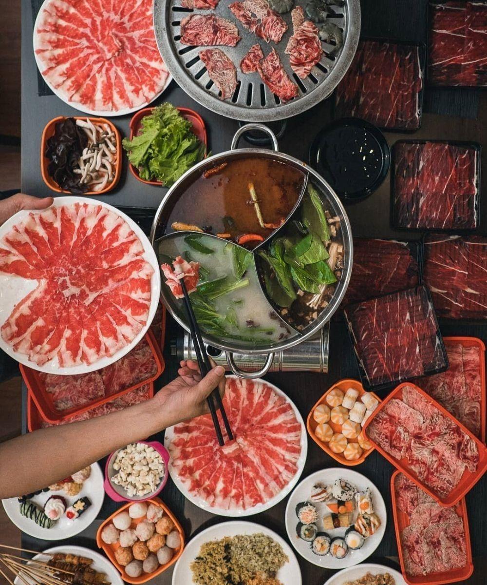 10 Tempat Makan Keluarga di Bandung yang Bikin Kumpul Jadi Seru