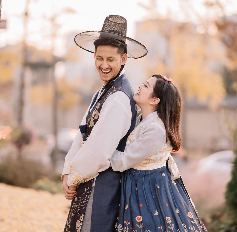 Gemas! 5 Pasangan Artis Ini Punya Tinggi Badan Berbeda Jauh