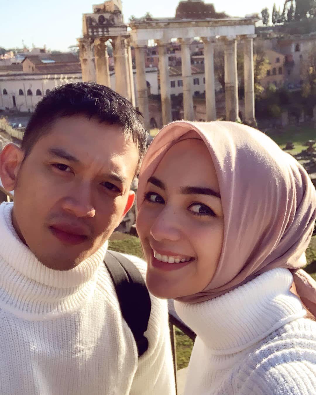 10 Momen Mesra Citra Kirana & Rezky Aditya Saat Bulan Madu di Italia